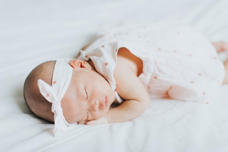 新生兒,滿月,拍攝,全家福,親子寫真,目沐影像空間,玩想影像工作室