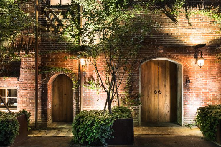 瓦庫燒肉WOWCOOL,空間攝影,照明攝影,台中,室內設計,復古,紅磚牆,屋瓦