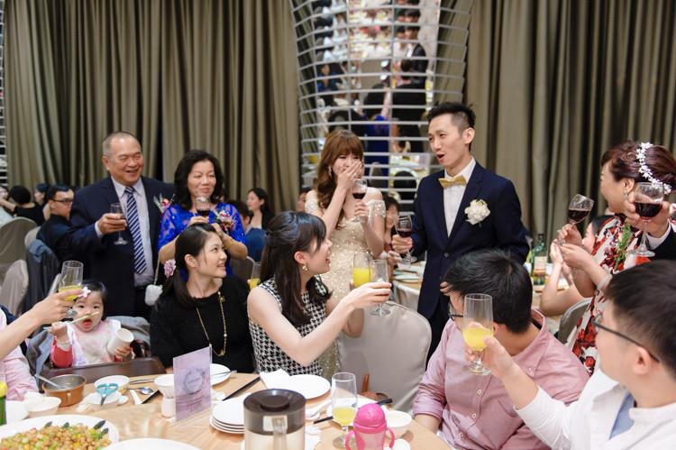 台中婚攝,婚攝肉圓,文華東方,晶宴民生,戶外婚禮,美式婚禮,婚禮紀錄,自然,婚禮紀實,玩想影像,文定,結婚,儀式,宴客